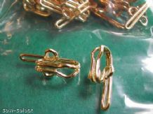 1000 BRASS METAL CURTAIN TAPE HOOKS BULK WORKROOM BOX